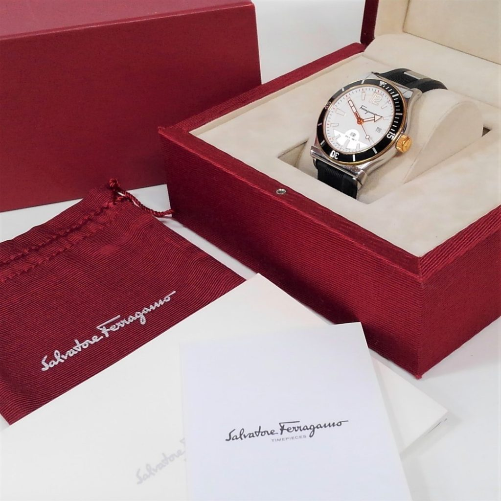 フェラガモ1898 クオーツ メンズ 腕時計買い取りました!