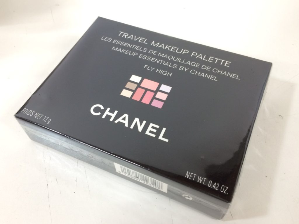 CHANEL TRAVEL MAKEUP PALETTE買い取りました!