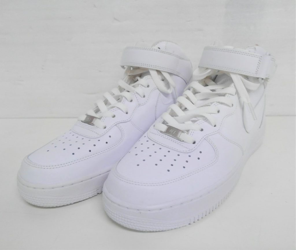 NIKE AIR FORCE 1 07 MID/エアフォース 1 買取いたしました!
