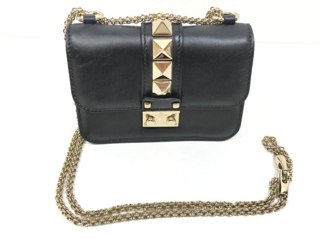 VALENTINO バレンチノ ロックスタッズ ミニチェーン ショルダーバッグ ブラック買取りました!